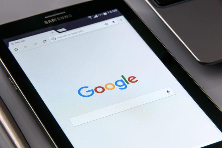 google hang alapú keresés